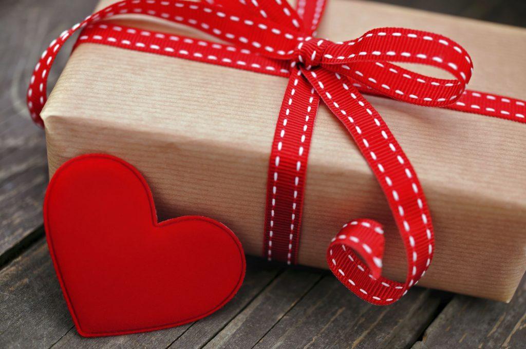 романтический подарок девушке