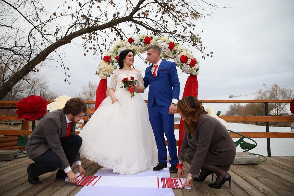 свадьба у воды в Бухте Афродиты